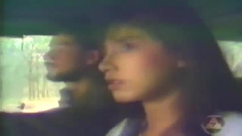 В плену любви | Defendant of Love | Jam Leuy Ruk | จำเลยรัก (1988) - Харит привозит Со (отрывок)