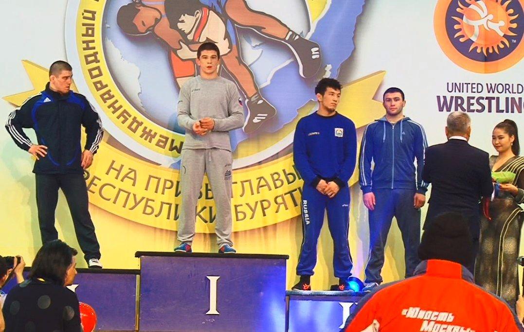 Борец Гамид Джалилов, выступающий за Таджикистан на международном уровне, выиграл серебряную медаль турнира в Бурятии.