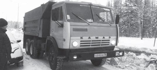 С Усть-Илимских улиц убирают снег… и машины