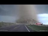 Ничего необычного. Просто дорогу преградил торнадо!
