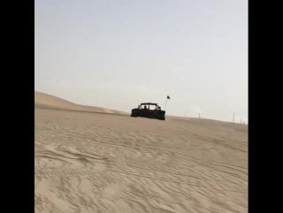 3gerardpique: Crash!! Fun time in the dunes!