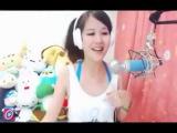 Японка поет задорную песню на японском ( Il Pulcino Pio, Das kleine K