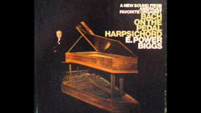 Bach - Toccata and Fugue in D minor, BWV 565 (E. Power Biggs, pedal harpsichord)