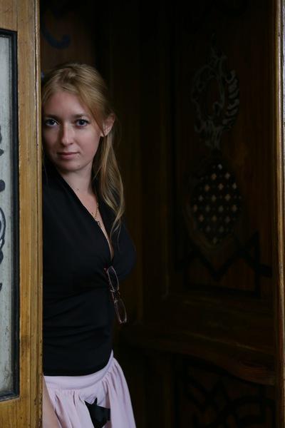 Юлия Сухарева