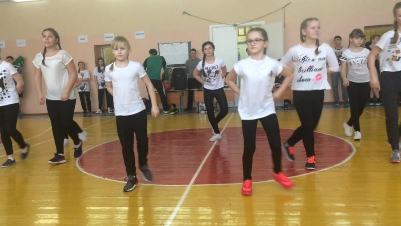 Танцевальная команда THR
