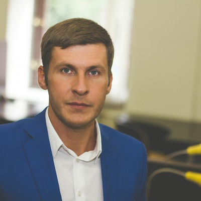Михаил Канна