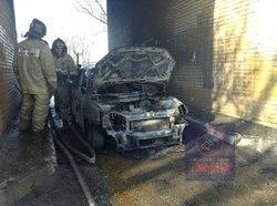 В Тольятти сгорела «Гранта» с простреленным кузовом и оружием в салоне