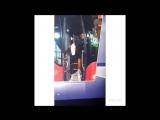 Криштиану едва не упал на выходе из автобуса