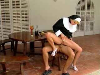 порнофильм горячие монашки