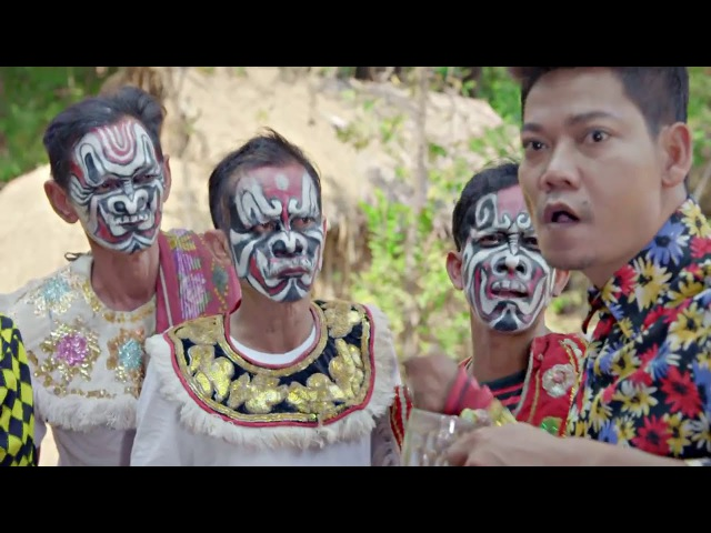 Preap sovath ► Yak Rom Thong Bass យក្សរាំធុងបាស់ [Khmer song New Year 2016]