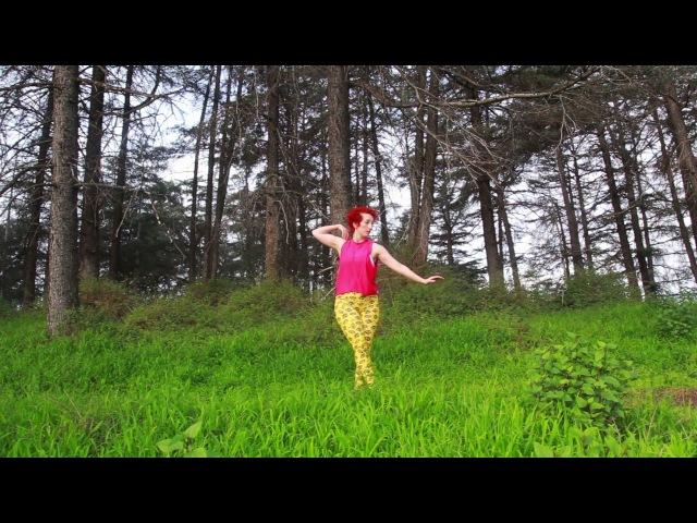 La La Land's Asst. Choreographer Jillian Meyers Dances Above Los Angeles
