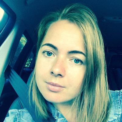 Лена Макеева