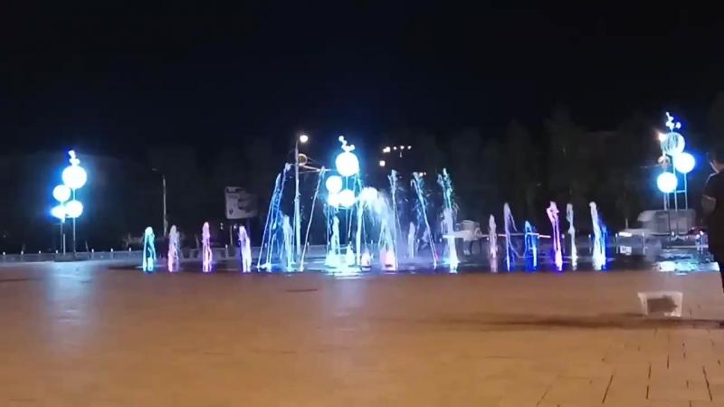 Стерлитамак , площадь у Башдрамтеатра