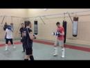 Спортивный клуб «Боец»: Отработка в паре. Комбинация ударов руками и ногами