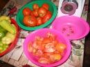 ГОТОВИМ ЛЕЧО ПЕШЕРӘБЕЗ. Перец, помидоры, зеленый, горький, соль, сахар, подсолнечное масло. Для мяса красный, черный, душистый перец или гвоздика, майоран, тимьян, тмин, куркума, лук, орегано. Для птицы тимьян, майоран, розмарин, шалфей, чабрец,