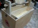 КРУТАЯ САМОДЕЛКА ЯЩИКА ДЛЯ ИНСТРУМЕНТА С ПИЛОЙ workbench Table saw sled Innovative solution