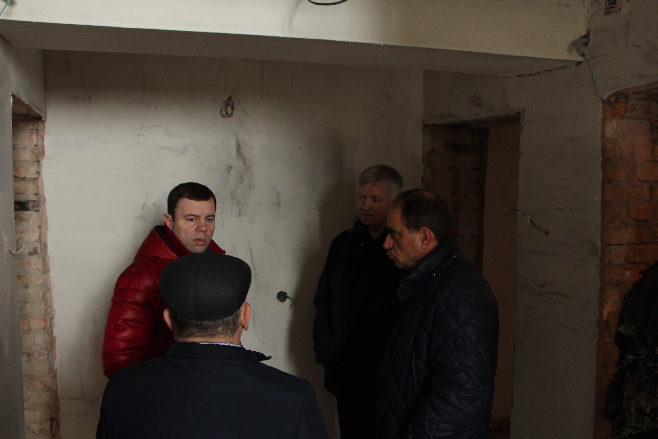 Осмотр реконструкции дома по ул.Советская в Усогорске