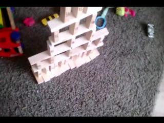 башня из кубиков Jenga