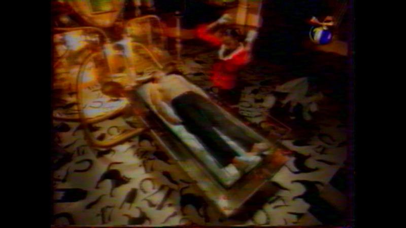 (staroetv.su) Moschino (ОРТ, 07.01.1999) Спонсор показа 2