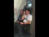 Правила безопасности в самолёте голосами героев мультика «Весёлые мелодии»