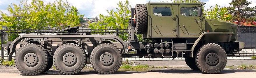 «Урал» 8х8: новые фото секретного армейского танковоза
