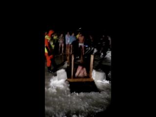 Крещение (купальный сезон открыт). )