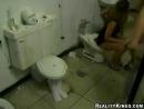 Приколы в женском туалете