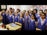 В лондонской школе Св.Джеймса в числе прочих предметов изучают санскрит в англии