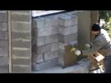 Строительство дома в Сочи. Кладка стены без связующего раствора.
