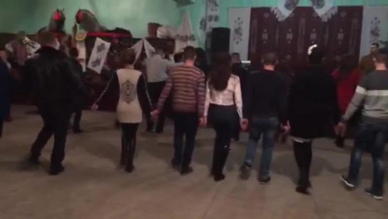 Dansul de sarbatoare😊😍😻