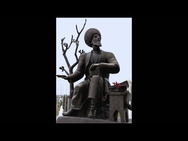 Хайрана галар исполняет Медениет Шахбердыева