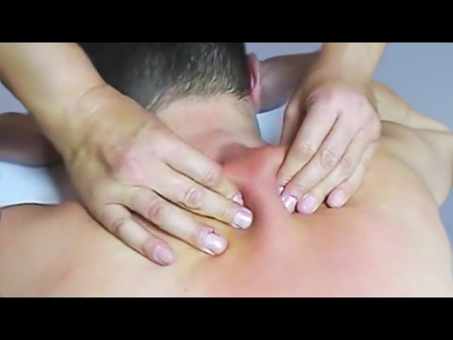 Массаж шейно воротниковой области в положении лёжа Neck and shoulder massage in the supine position
