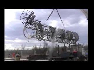 Подъем 5 тонной винтовой лестницы 50 тонным Краном Челябинец / Я подымаю они урони...