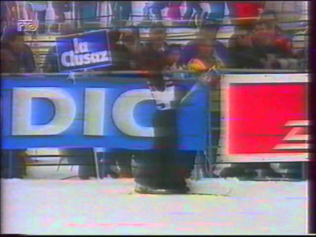 Elena Batalova WC 1995 winner. Acroski