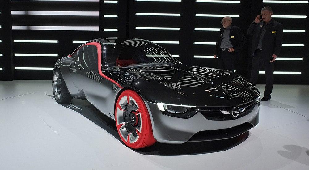 Opel: «ничего лишнего»