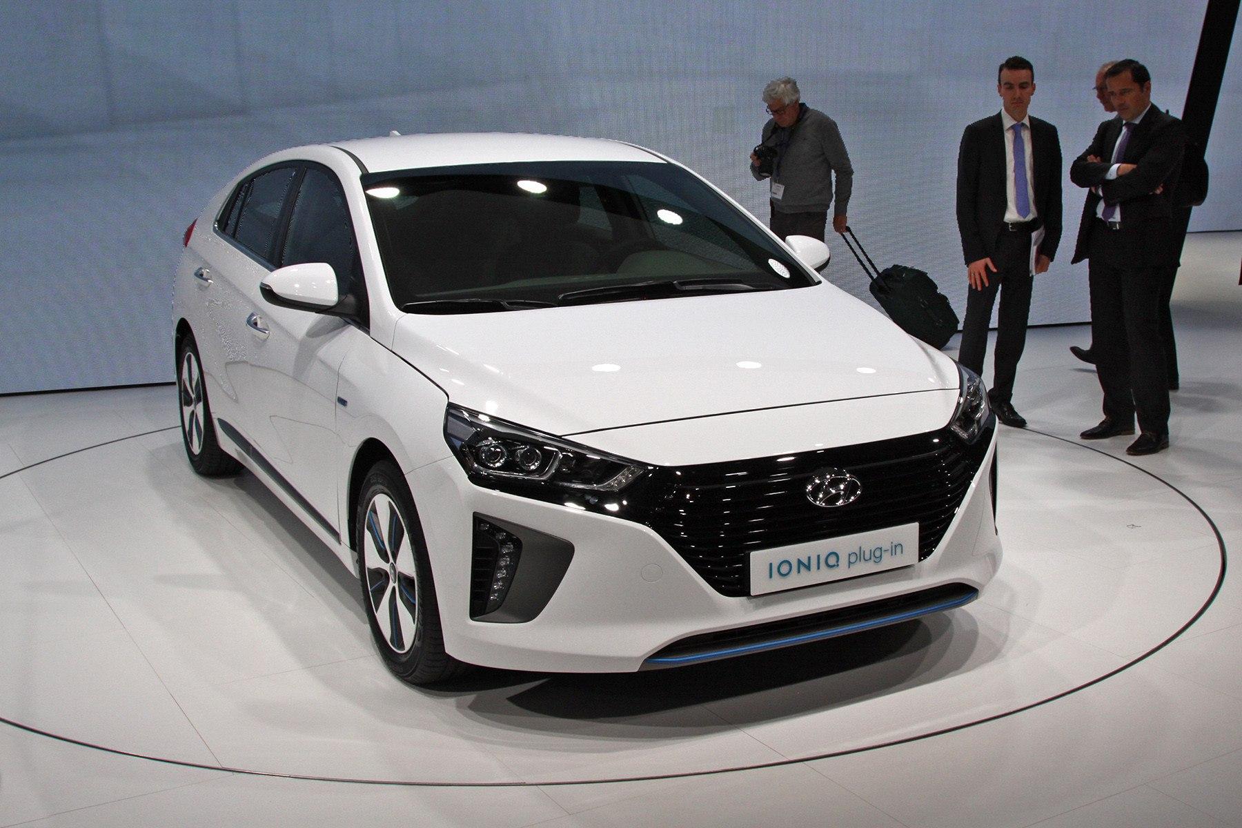 В Hyundai решили превзойти Toyota Prius