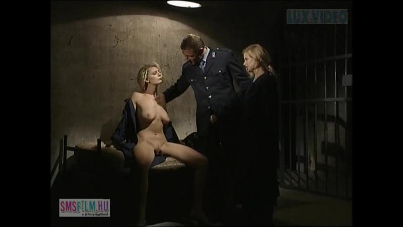 кино тюрьма девушка эротика