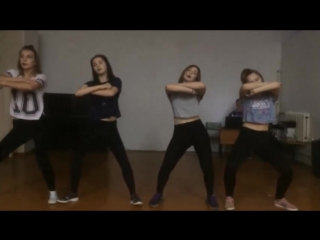Девочкам нравится танцевать - MiyaGi Эндшпиль, Рем Дигга - I Got Love (Окутала) (в школе)