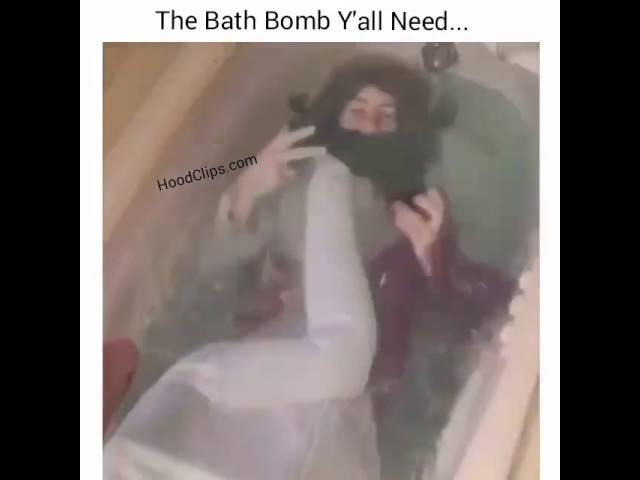 Vine: The bath bomb y'all need