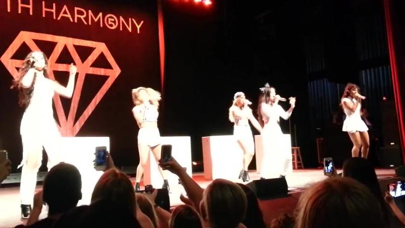 Выступление с песней «Don't Wanna Dance Alone» на концерте в рамках тура «5th Times a Charm Tour» (9 июня 2014 года)