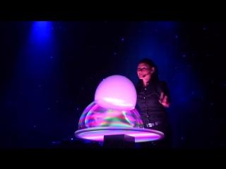 Ana Yang - волшебное шоу мыльных пузырей.