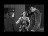 Charlie Chaplin - The Gold Rush 1925 - dance
