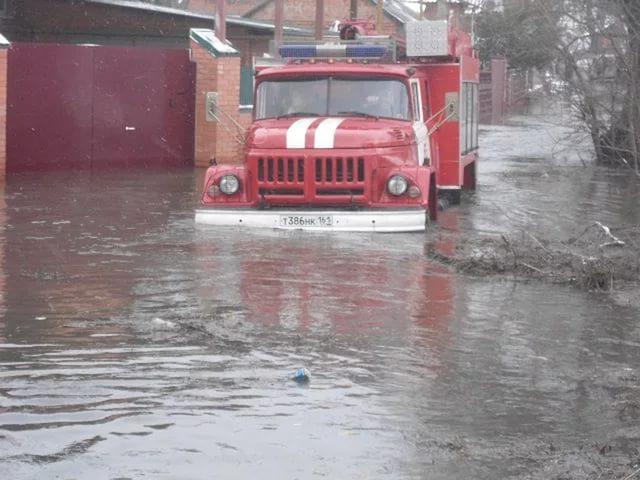 УГИБДД Ростовской области предупреждает об опасности паводка в регионе