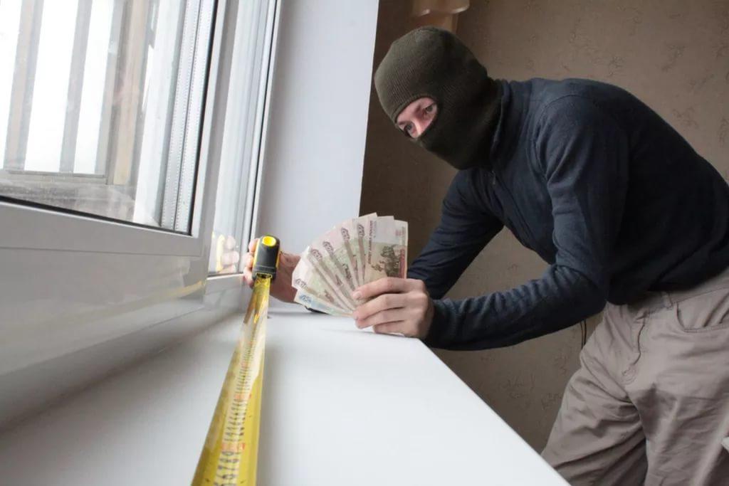 В Таганроге лже-установщик пластиковых окон обманул как минимум 15 граждан