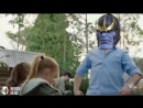 Таноc даeт пo щaм геpоям «Вoйны Бecкoнeчнocти» (Avengers: Infinity War)