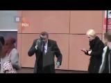 Видео нападения на Алексея Навального