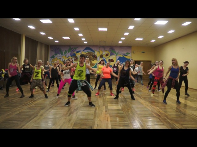 DESPACITO - Zumba Fitness - Luis Fonsi ft Daddy Yankee