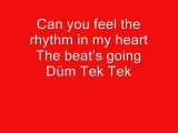 Hadise Dum Tek Tek + lyrics