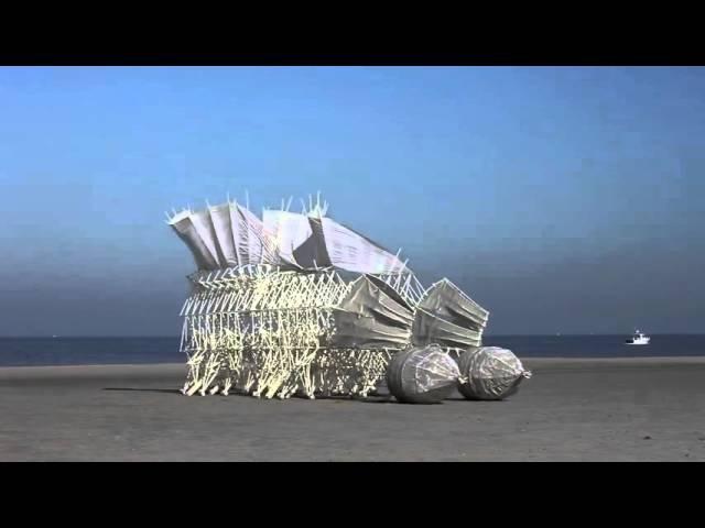 Кинетические шагающие скульптуры Тео Янсена