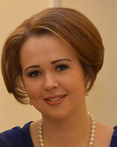 Анна Карманова